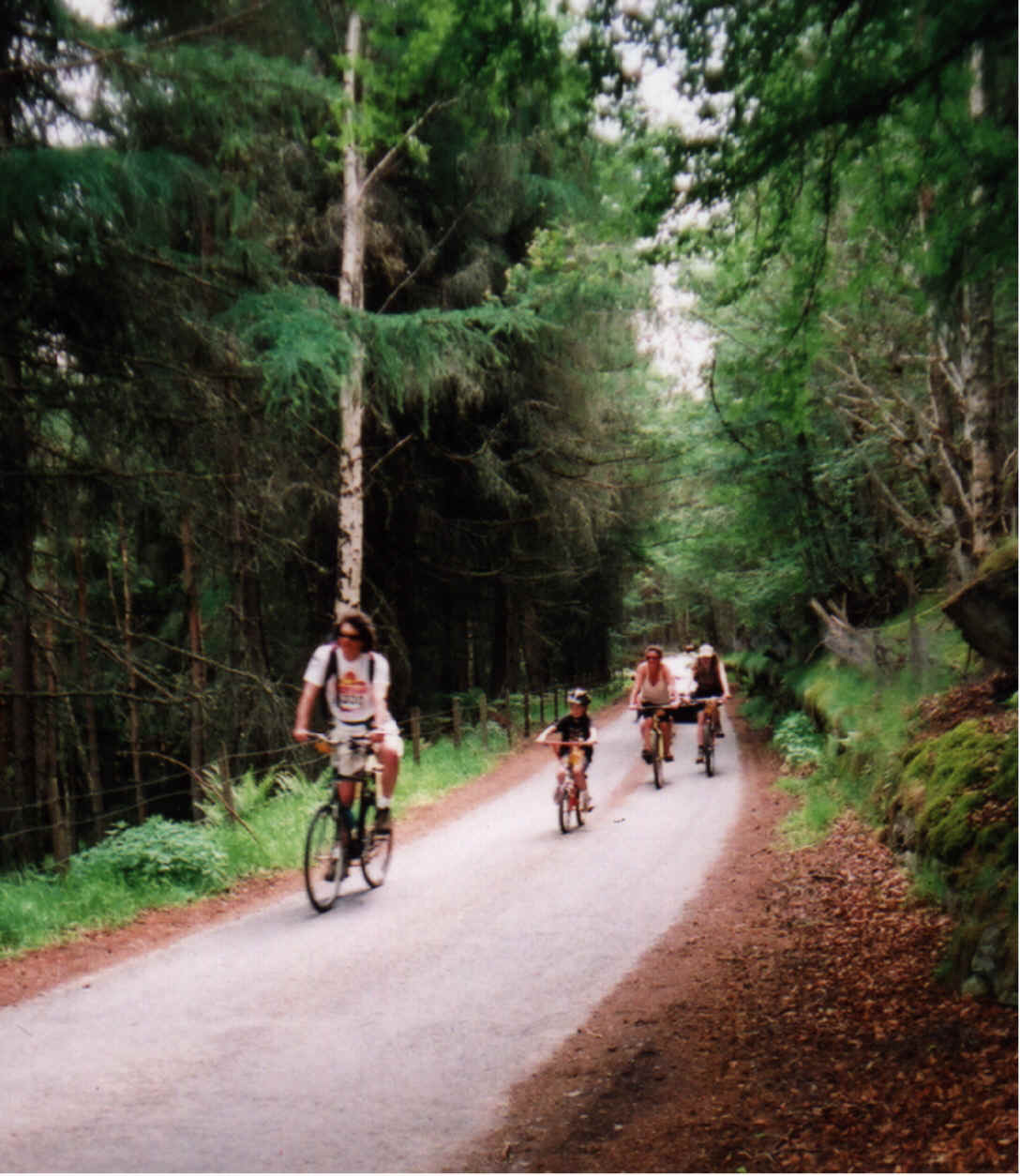 3rd Sunday in June Scottish Bikeathon in aid of Leukaemia Research. Take part in a family cycle round the beautiful quiet roads of Badenoch and make money for Leukaemia Research or cheer the cyclists back to Ardvonie Park in Kingussie. This is NOT a race.